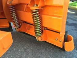 lame de neige avec attelage 3 points pour tracteur lnv 200 c