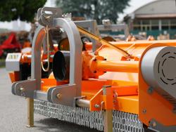 broyeur à marteaux polyvalent tigre 180 pour tracteur