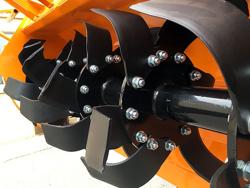 rotovator série lourde pour tracteur largeur de travail 180cm mod dfh 180
