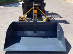 godet de 2 mètres et capacité 700kg pour chariot élévateur modèle prm 200 hm