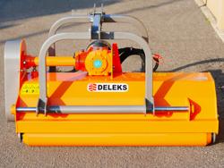 broyeur à marteaux rino 160 robuste avec déport hydraulique pour tracteur