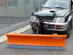 lame à neige pour véhicules off road 4x4 lns 170 j