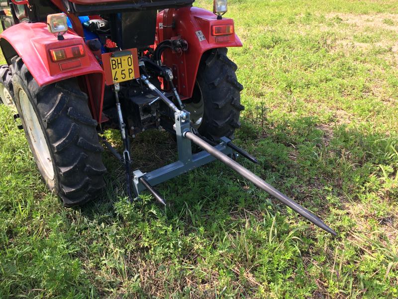 pic-balles-pour-tracteur-dk-3