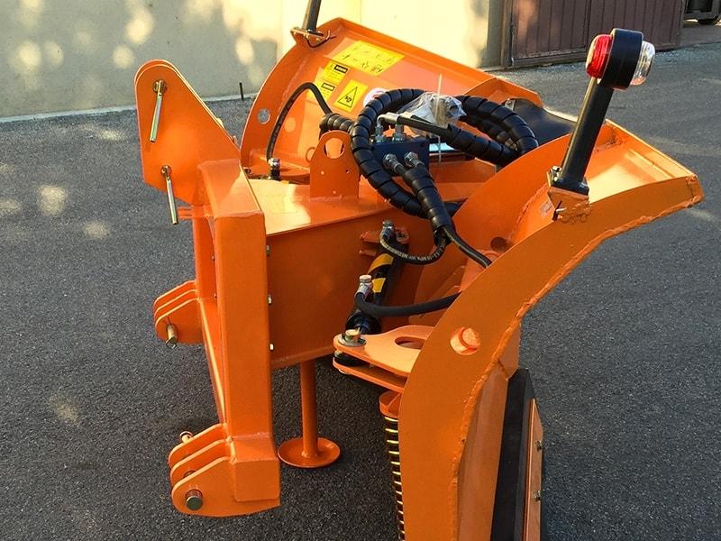 lame-de-neige-avec-attelage-3-points-pour-tracteur-lnv-180-c
