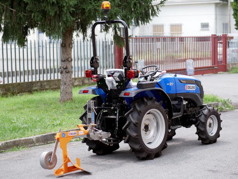 charrue-monosoc-dp-16-pour-micro-tracteur-kubota-iseki-etc