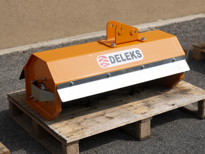 broyeur-hydraulique-pour-mini-pelle-de-80cm-modèle-ar-80
