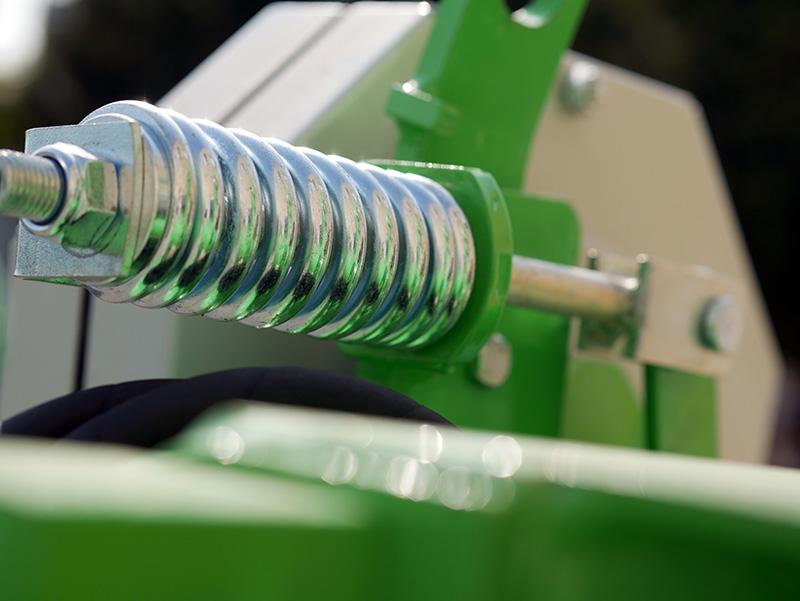 faucheuse-rotative-pour-tracteur-dfr-185h