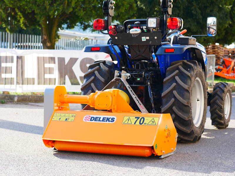 broyeur-à-marteaux-lynx-120-pour-tracteur-type-kubota-iseki-yanmar