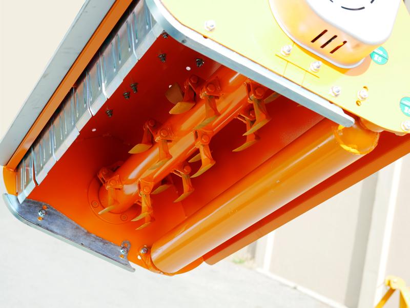 broyeur-à-marteaux-fixe-lynx-140-pour-prairie-ronces-et-sarments