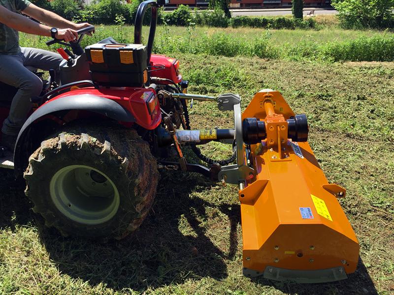 broyeur-réversible-déportable-puma-140-rev-pour-tracteur-fruitier