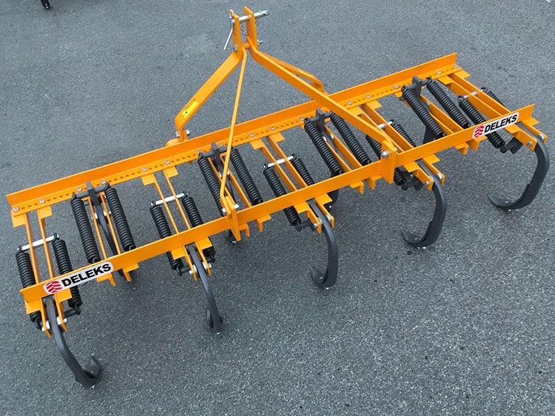 cultivateur-à-ressorts-215cm-pour-tracteur-préparation-de-la-terre-mod-de-215-9