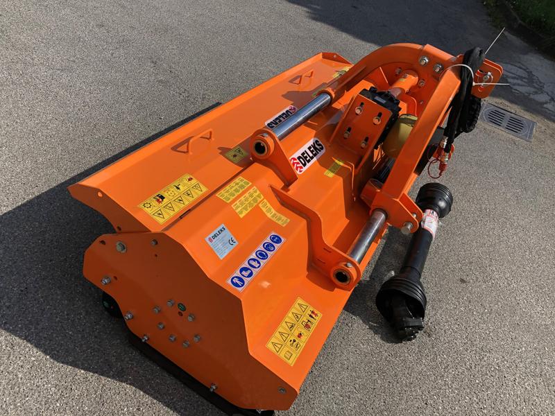 broyeur-à-marteaux-déportable-lourd-pour-tracteur-mod-toro-200